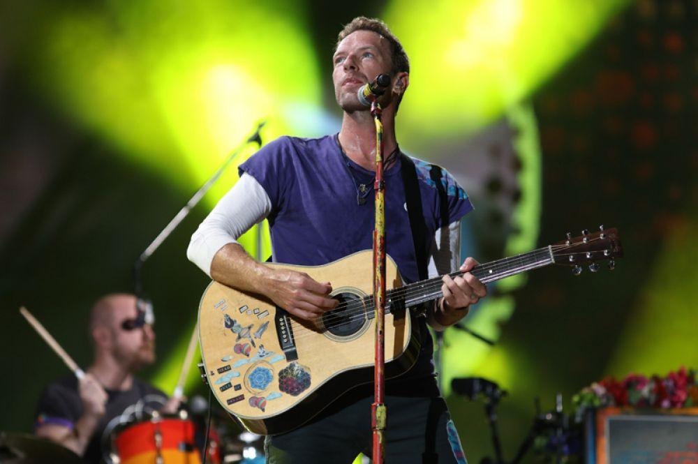 Британская группа Coldplay попала в топ-5 самых высокооплачиваемых музыкантов, их доход составил 88 миллионов долларов.