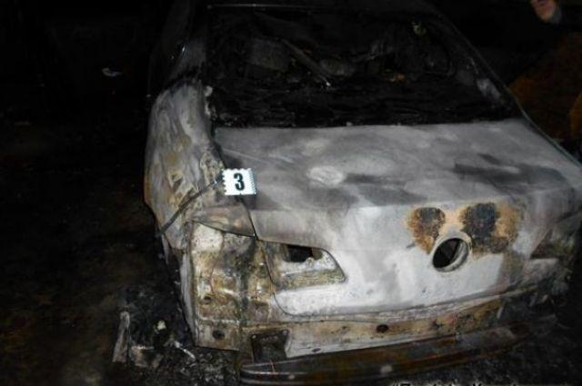 В Харькове неизвестные подожгли автомобиль судье