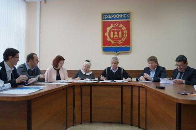 Проект бюджета на 2018 год депутаты направили на рассмотрение комитета по социальному развитию города, бюджетной, финансовой и налоговой политике с рекомендацией «принять».