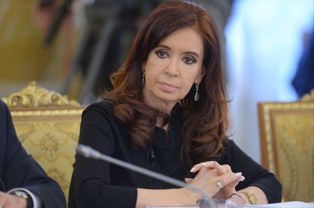 Экс-президента Мексики обвинили вгосизмене