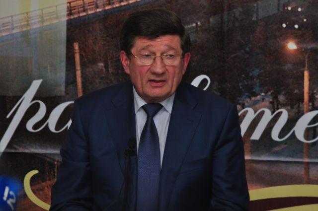 Вячеслав Двораковский пожелал удачи новому мэру Омска.
