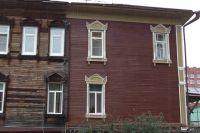 Так выглядит дом до начала работы и после.