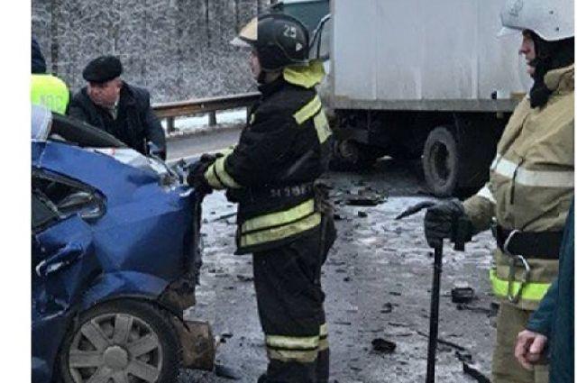 ВТверской области влобовом столкновении умер шофёр