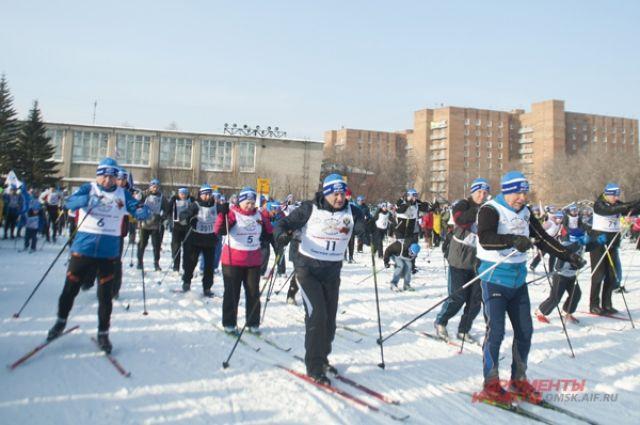 В Омске откроют лыжный сезон.