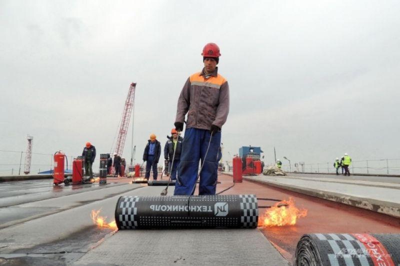 В процессе гидроизоляции используется огонь.