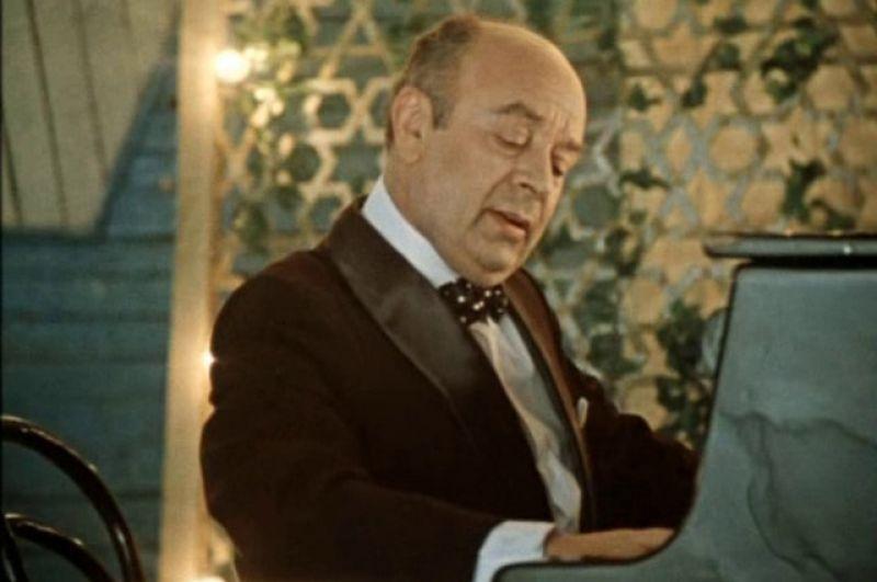Леонид Броневой в фильме «Покровские ворота». 1982 г.