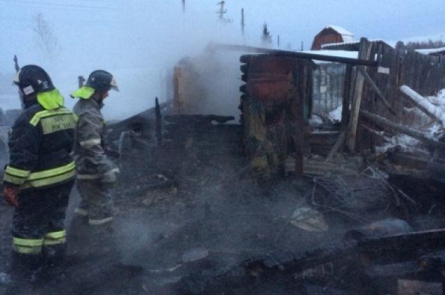 5 человек погибли впожаре вИркутской области