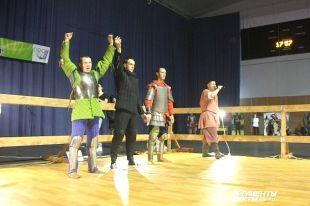В Оренбурге в День Героев Отечества прошел турнир исторического боя.