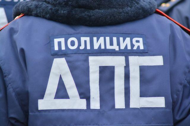 В ДТП с автобусом в Кузбассе пострадали три человека.