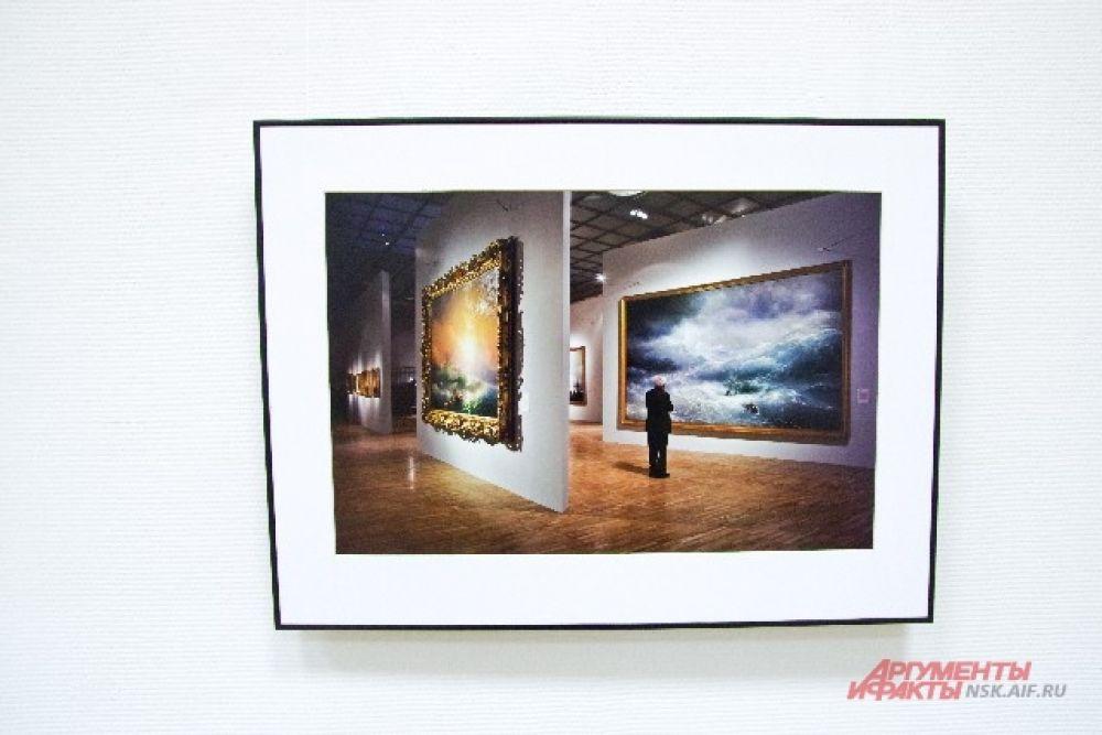 Жюри отобрало 300 лучших фотографий.
