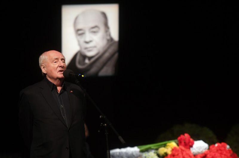 Народный артист СССР, режиссёр театра и кино, художественный руководитель театра «Ленком» Марк Захаров.
