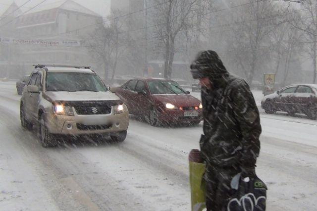 Затри дня сызранские коммунальщики вывезли около 1300 кубометров снега