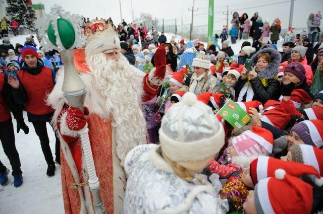 Дед Мороз заготовил немало подарков для жителей Ростова-на-Дону.