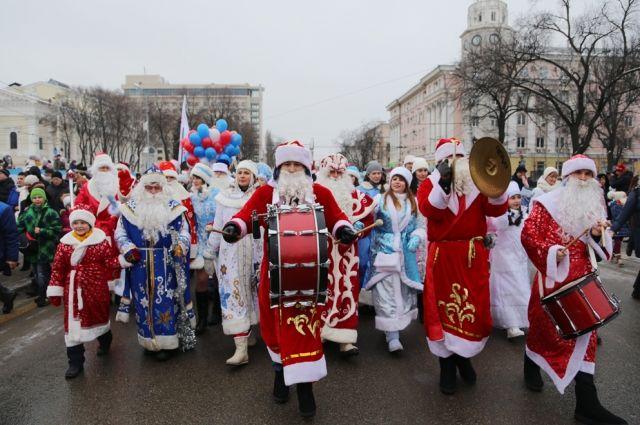 На «фестивале Дедов Морозов» вЕвпатории ожидают неменее 100 участников— турпортал Крыма