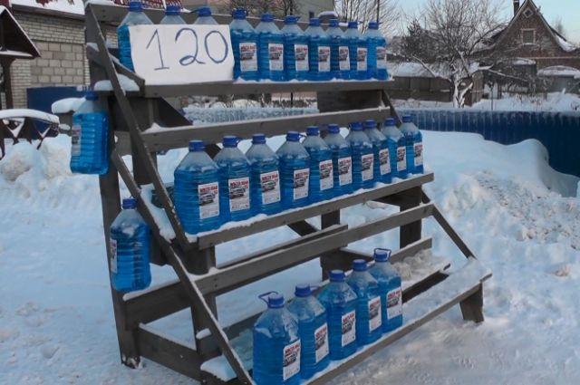 Измагазина изъяли около 7 тыс. литров метаноловой омывайки