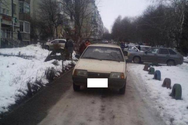 НаСтаврополье шофёр легковушки сбил 7-летнюю школьницу