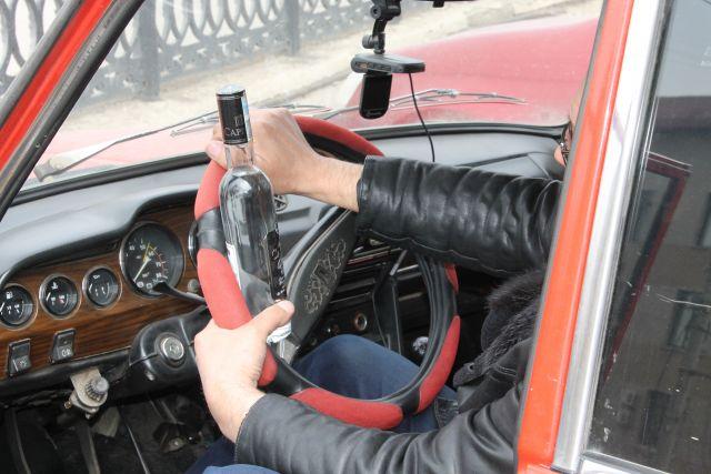 ГИБДД устраивает сплошные проверки кемеровских водителей на спирт