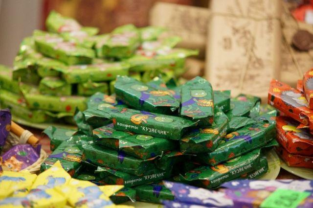 3 кг конфет снято с продажи.
