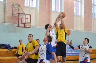 8 декабря в ижевском СК «Импульс» прошли соревнования по баскетболу среди работников предприятия «Транснефть–Прикамье».
