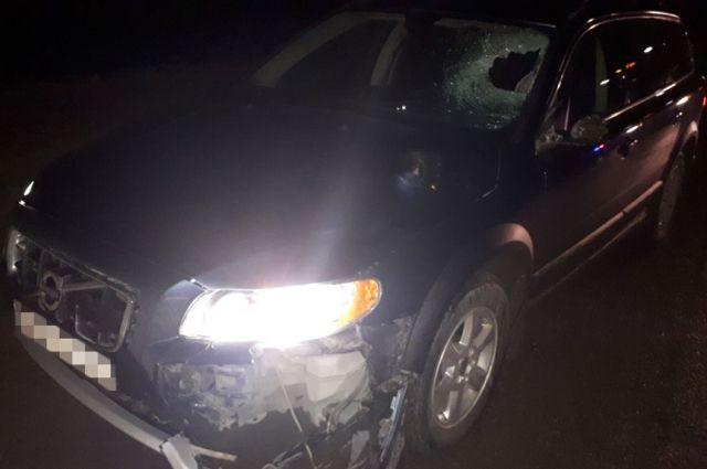 Натрассе вБашкирии автомобиль Вольво насмерть сбил женщину