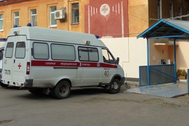 ВСамаре на3-летнего ребенка упала огромная сосулька