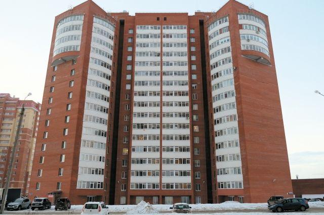 Дом по ул. Холмогорской, 4г, должны были сдать летом 2015 г.