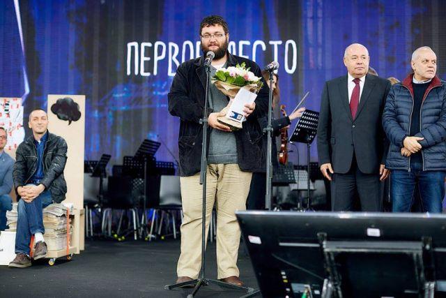 Владимир Косогов на вручении премии в Москве.