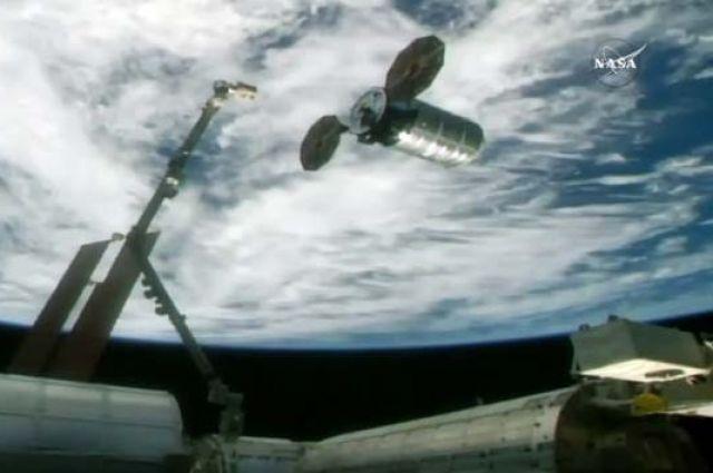 Спутник «Асгардия-1» перенесен на свою орбиту.