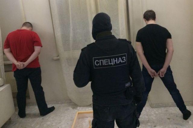 Спортсмен из Калининграда организовал в своем особняке наркопритон.