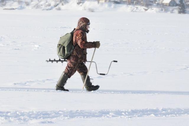 Зимняя рыбалка требует тщательной подготовки.