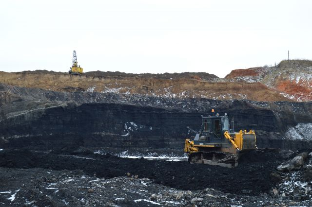 За 11 месяцев 2017 года в регионе добыли 221,2 млн тонн угля.