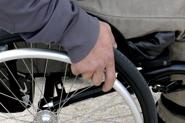 Тюменцы, пострадавшие на производстве, получат 9 адаптированных автомобилей