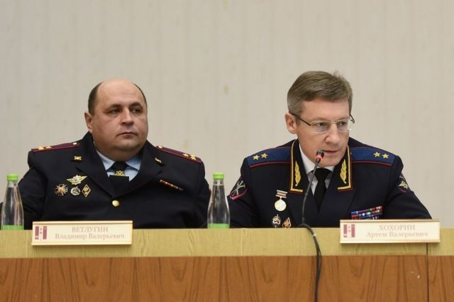Владимир Ветлугин слева, Артем Хохорин справа.