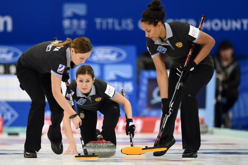 Керлинг: Женская сборная России по керлингу вполне может побороться за золото: на последнем чемпионате мира они проиграли лишь в финале.