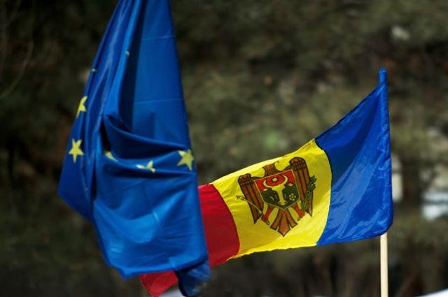 Молдова меняет государственный язык в Конституции