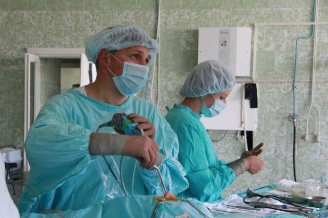 Такая операция - более щадящий способ помощи.
