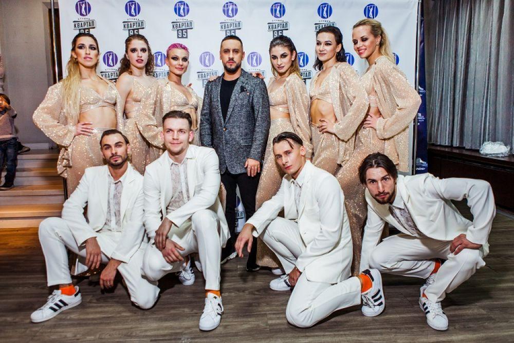 Праздничный выпуск проекта «Вечерний Квартал» смотрите в новогоднюю ночь, 31 декабря, на «1+1».