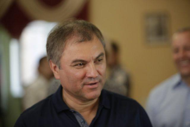 Володин назвал логичным решение Путина о самовыдвижении на выборы