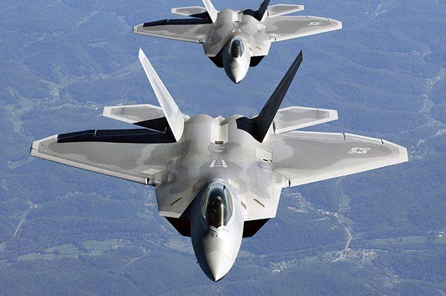 Истребители США опасно сблизились с российскими самолетами в Сирии