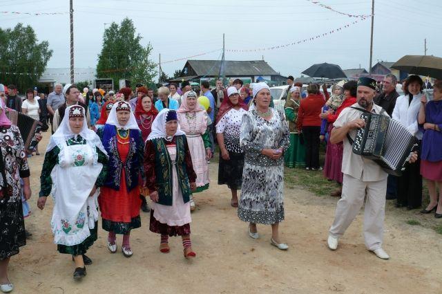 Сабантуй принято гулять всей деревней.