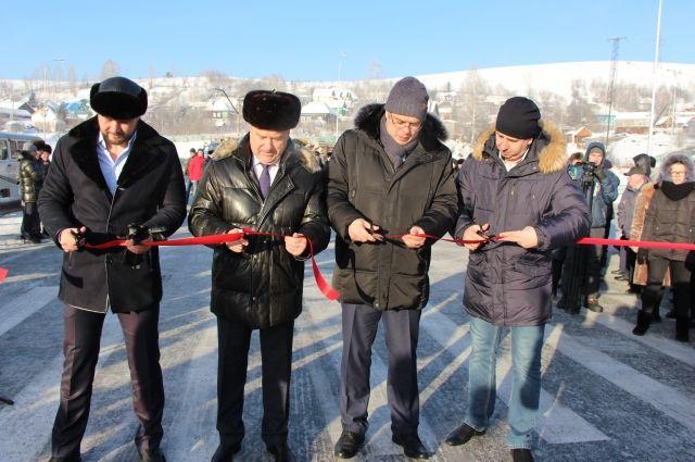 В Таштаголе открыли новый мост через Кондому.