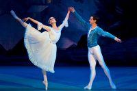 Алина Сомова и Владимир Шкляров в балете «Щелкунчик» в постановке Мариинского театра.
