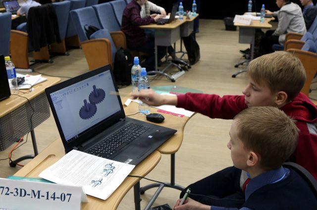 Олимпиада по 3D: в тюменской ФМШ запущено 20 принтеров