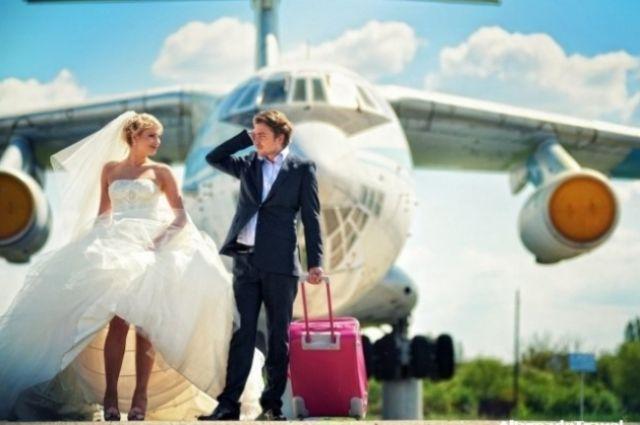 Впервый раз ваэропорту «Борисполь» пара сыграла свадьбу