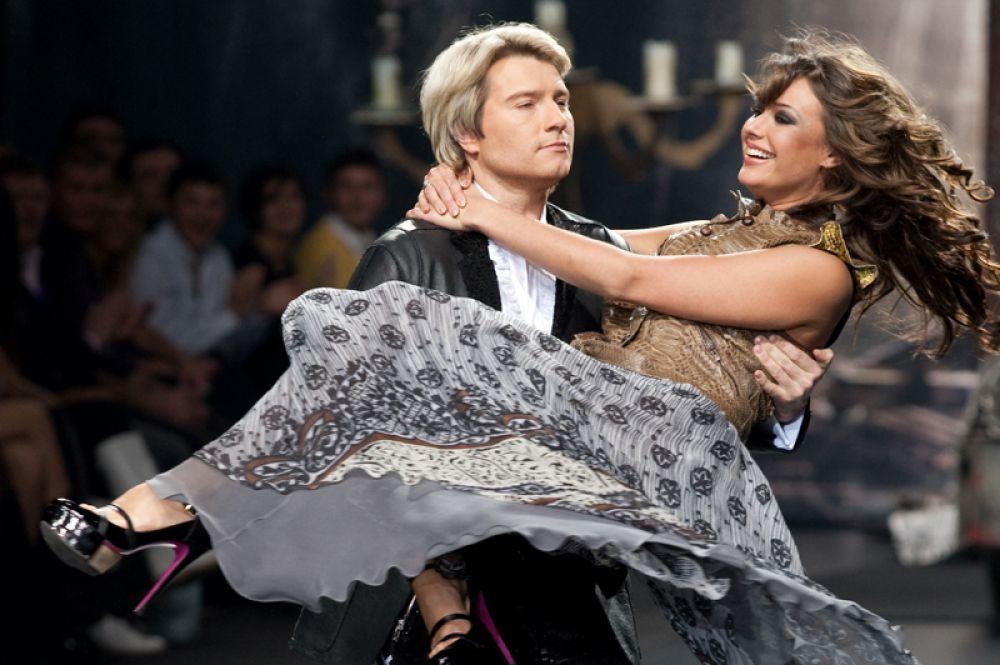 Певец Николай Басков и Оксана Федорова на Неделе моды в Москве. 2008 год.