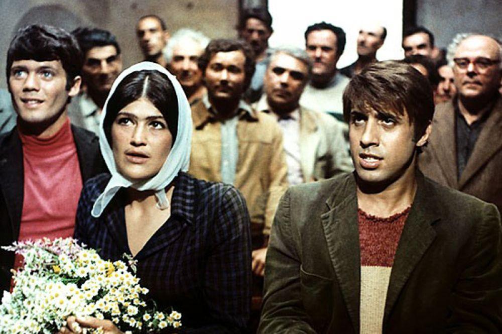 Вплоть до 1969 года Челентано продолжал исполнять эпизодические, в основном музыкальные, роли, и особой популярности в кино ещё не имел. Важным поворотом в карьере Челентано стал фильм «Серафино» (1969) режиссёра Пьетро Джерми.