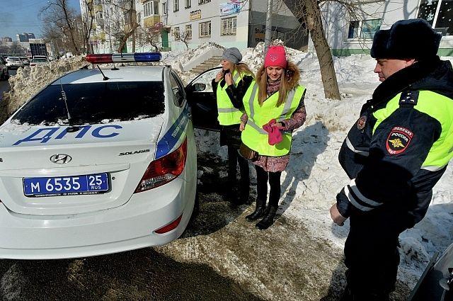 Водителей обязали носить светоотражающие жилеты при остановке за городом