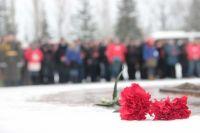 В тюменских школах прошли мероприятия ко Дню Неизвестного солдата