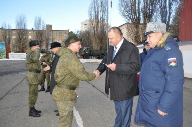 Ставропольские бойцы вернулись изСирии народную землю