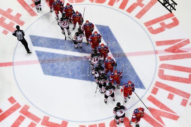 Российские хоккеисты обыграли канадцев в матче Кубка Первого канала